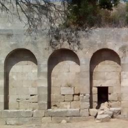 Rhodes: des vestiges à l'identification contestée